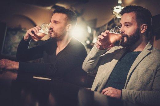 bereits der geruch von alkohol beeinflusst das trinkverhalten gesundheit wohlbefinden. Black Bedroom Furniture Sets. Home Design Ideas