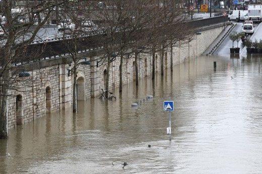 seine flooding paris Jan 2018, Paris Fluten Überschwemmungen