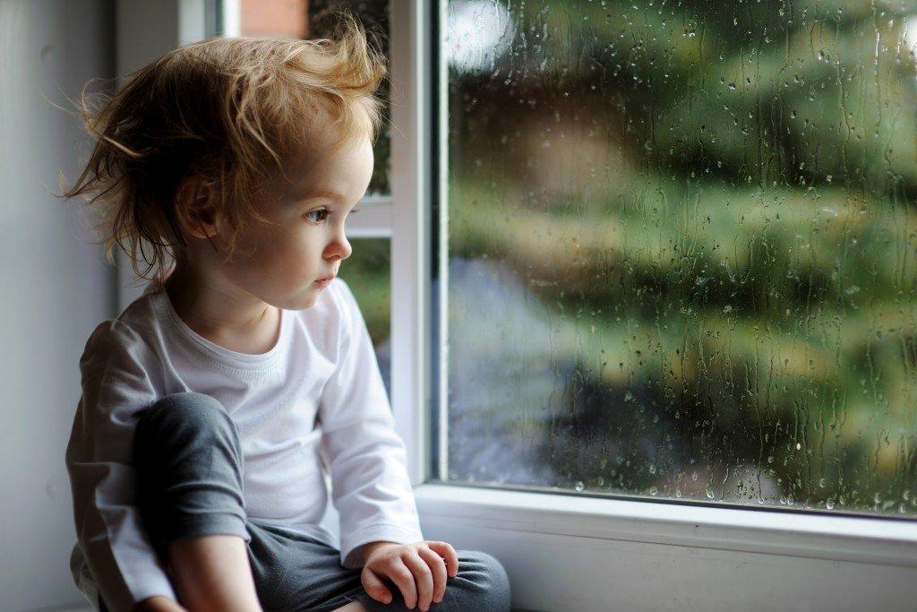 Kind Traurig