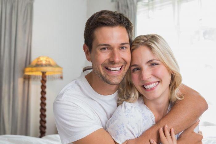 Hanna und Caleb Dating im echten Leben